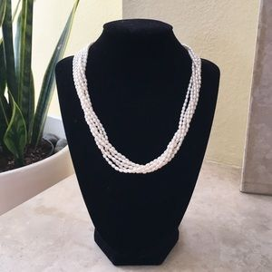 Jewelry - Multi strand pearl necklace